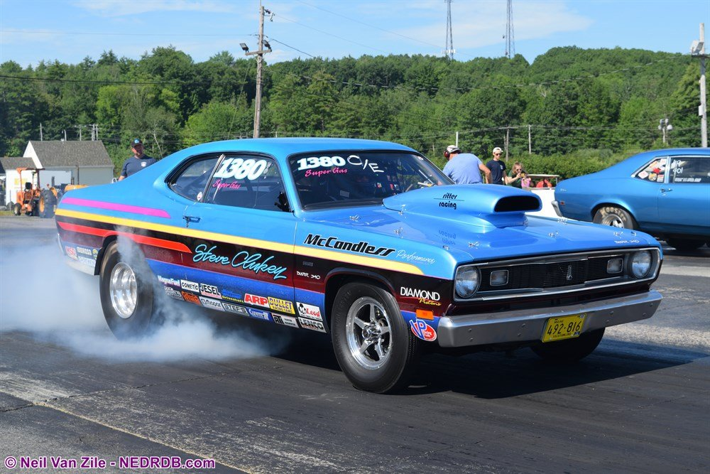 Steve Clukey 1973 Plymouth Duster in the Hall of Fame Race - 2020 New England Hot Rod Of Fame Inductee